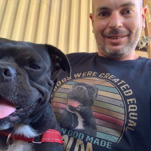 כל הכלבים נולדו שווים ואז אלוהים ברא את הכלב שלי (חולצה בעיצוב אישי) photo review
